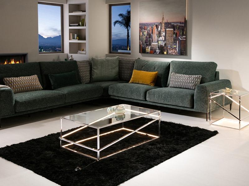 A Moonlight dohányzóasztal 685372 formájának köszönhetően modern asztal.