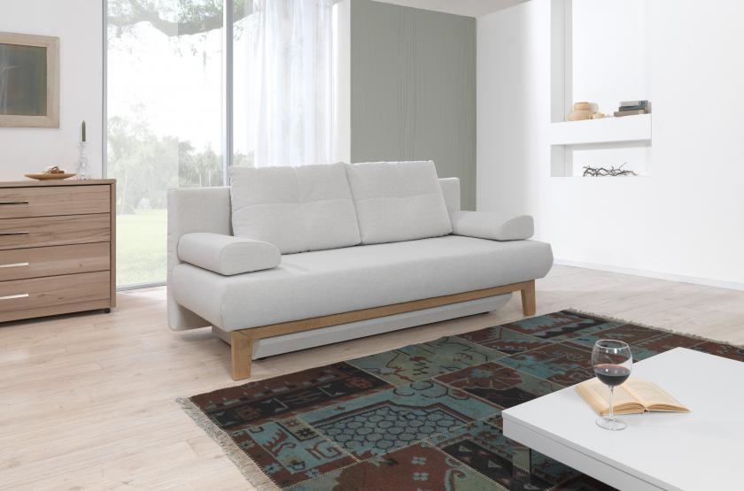 Az ADA Bristol nyitható kanapé egy különleges formájú kis kanapé.