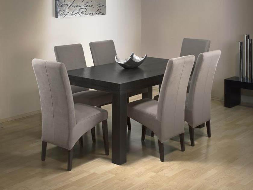 Jöjjön el hozzánk! A MAX City lakberendezési bevásárlóközpontban a földszinten a RIO art & design üzletben megtekinthető a Hool asztal Milano szék párosa.