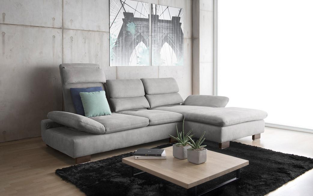 Ada Trendline Sole kanapé - ággyá nyitható, felhajtható, háttámlás - MaxCity üzletház földszint. 250 m2-es üzlet. ADA ülőgarnitúra, ADA kanapé, ADA sarokgarnitúra, szekrény, dohányzóasztal, étkezőasztal, szék.
