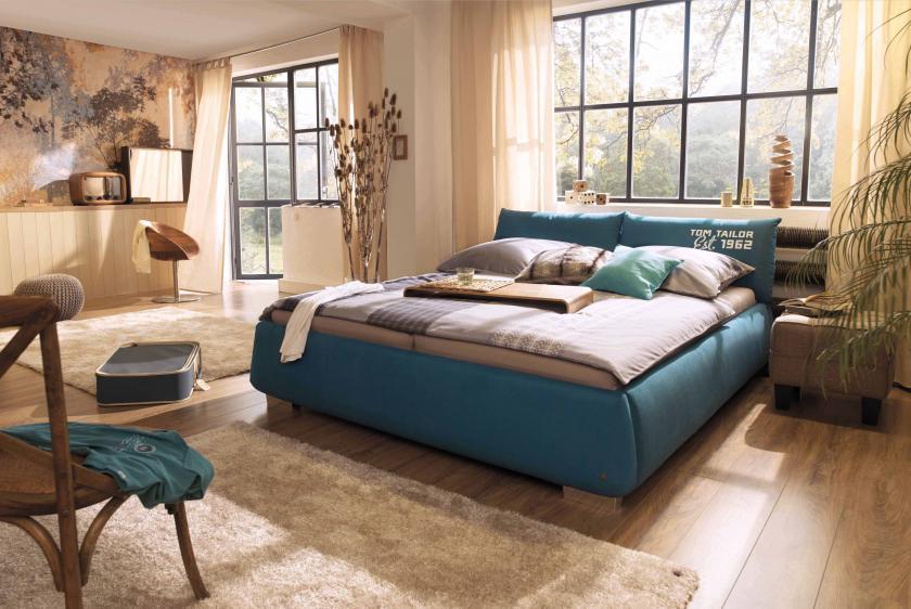 A Tom Tailor Soft Pillow egy fiatalos, ágyneműtartó nélküli design ágy.