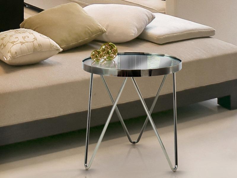 A Terna dohányzóasztal 229067 nem csak a nappaliba, de a hálószobába, éjjeli polcként is kiváló választás.
