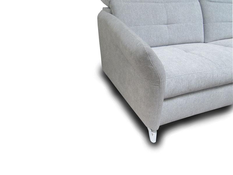 ADA Milano ülőgarnitúra E karfa: keskeny, lekerekített változat lábbal.