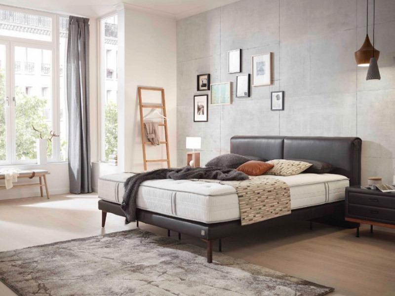 AzAda Ausztria Prémium Hamilton boxspring ágy egy luxus minőségű boxspring ágy.